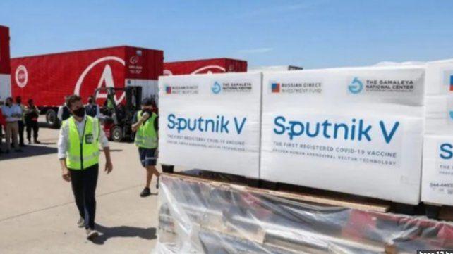 La vacuna rusa Sputnik V llegó a la Argentina a fines de 2020.