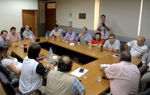 Cumbre. Los dirigentes sindicales en la delegación Rosario de Camioneros.