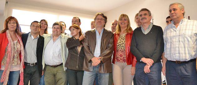 Rossi (derecha) junto a Mazzure y Forster