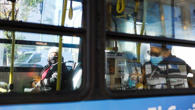 Los choferes levantan la medida de fuerza y vuelven a circular los colectivos en Rosario