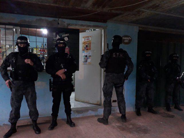 Uno de los allanamientos realizados el miércoles en Villa Gobernador Gálvez.