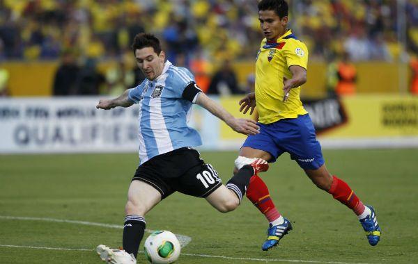 Lionel Messi tuvo una chance de marcar el segundo de Argentina cuando faltaba poco para el final.