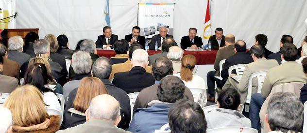 El encuentro realizado en la ciudad de Vera estuvo encabezado por el gobernador Antonio Bonfatti.
