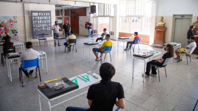 El nivel secundario vuelve a las clases presenciales este jueves en Rosario