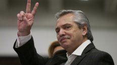 """Alberto Fernández agradeció las muestras de apoyo, pero dijo que la pandemia """"aún nos ataca""""."""