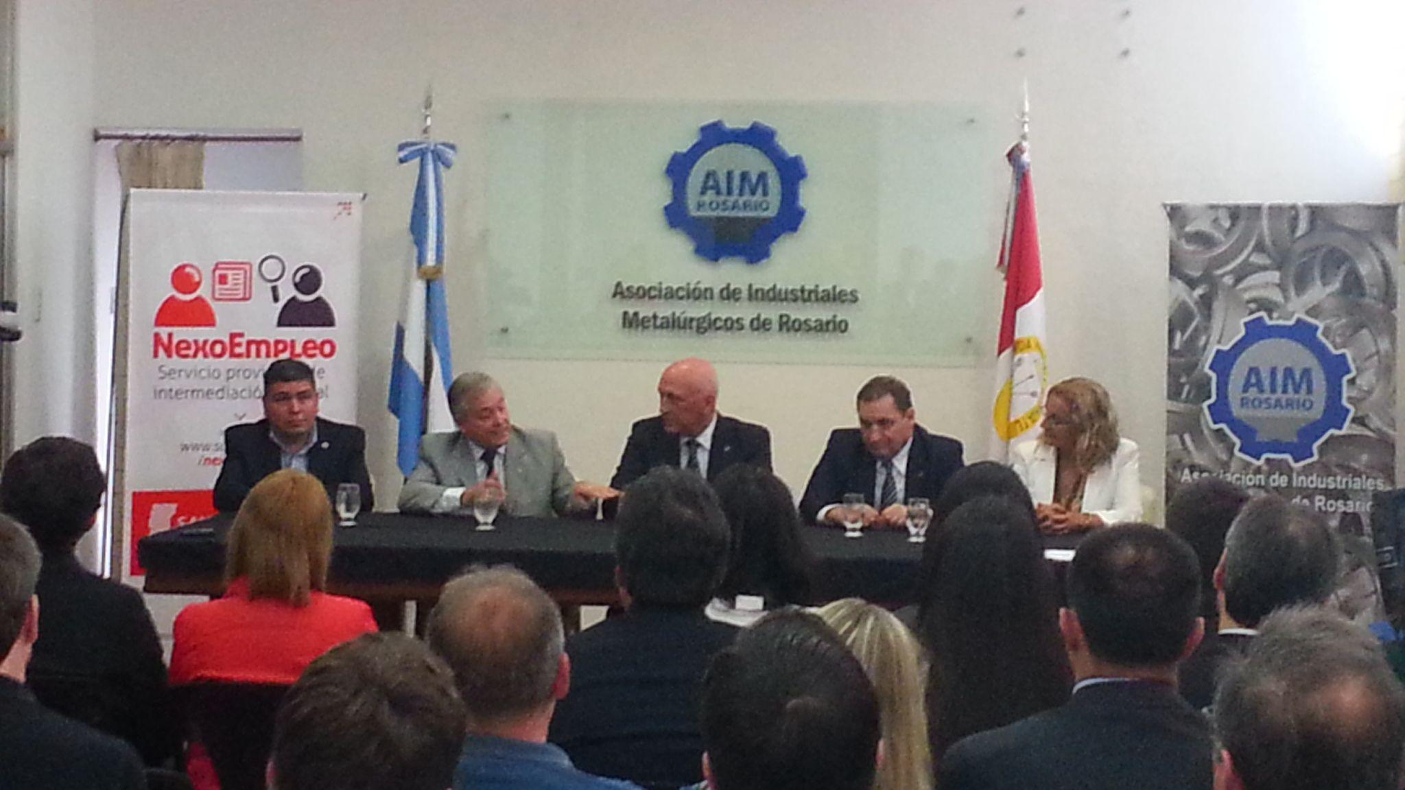 Bonfatti encabezó un acto de la comisión de RRHH de la AIM.