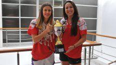 Desde la cuna. Sofi y Nadia nacieron en la institución de Feliciano e Irigoyen de Paraná. Ayer visitaron la Redacción de UNO y revelaron los secretos del equipo que logró el título el domingo.