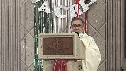 La mujer que decide abortar no sirve para nada, queda hueca, moral, física y psicológicamente, afirmó el sacerdote mexicano.