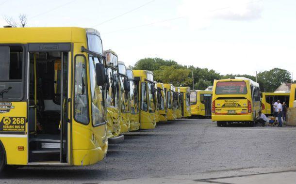 Lock out. El jueves pasado la empresa Rosario Bus lanzó un paro intempestivo y sacó de circulación 17 líneas. (Foto: S. Salinas)
