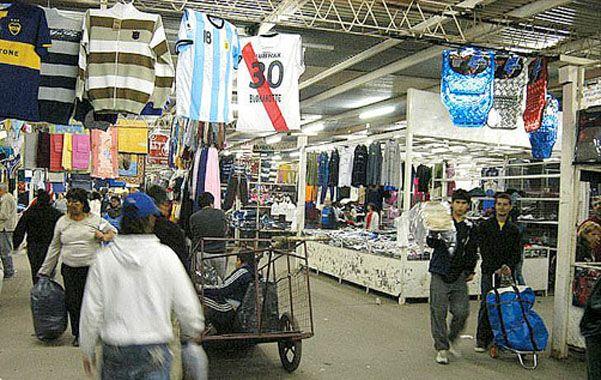 la salada. La feria de Lomas de Zamora vende muchas marcas apócrifas.