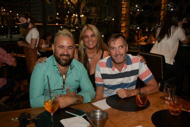 Alex Maciel, Fabian Perevedi y Liza Allegranza