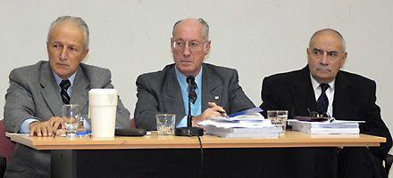 La banda de los comisarios, con condenas por una trama de delitos