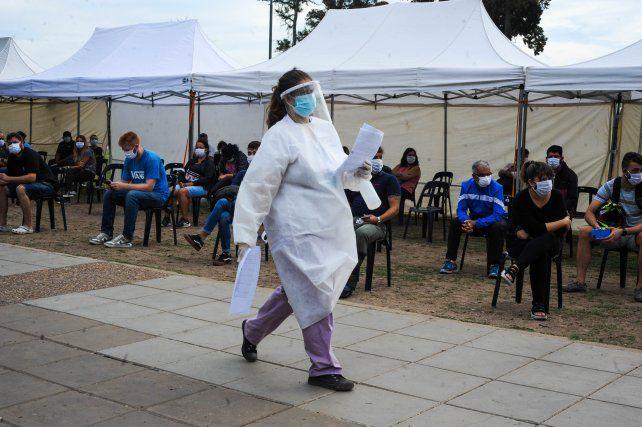 Coronavirus: la Asociación Médica de Rosario reclama que se refuercen las restricciones