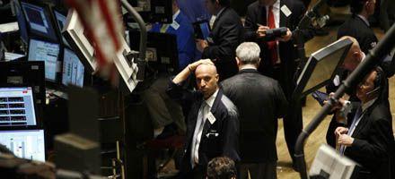 Los inversores globales dudan de la recuperación y los mercados caen