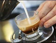 El café de caca de gato hace furor en Londres, pero cuesta u$s100