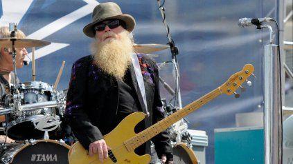 Murió Dusty Hill, bajista de ZZ Top y uno de sus fundadores