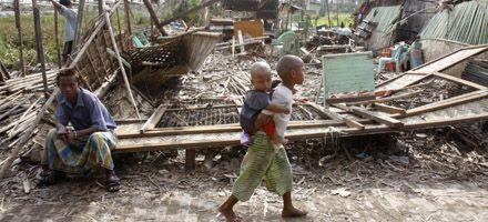 Restricciones en visas demoran la ayuda internacional en Myanmar