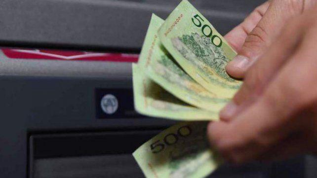 El ingreso promedio del 60% de la población ocupada fue de 33.300 pesos al cierre de 2020