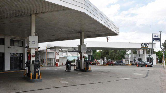 La provincia advierte que hay desabastecimiento en surtidores de bandera blanca