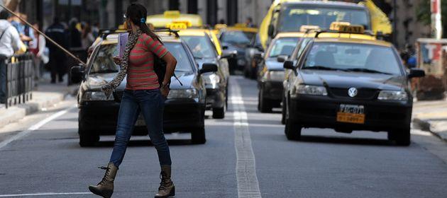 López Molina dijo que el Concejo se apuró al aprobar el aumento a los taxis