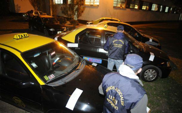 vigilados. Un reciente operativo de la Unidad Regional II de la policía que incautó chapas de taxis en infracción