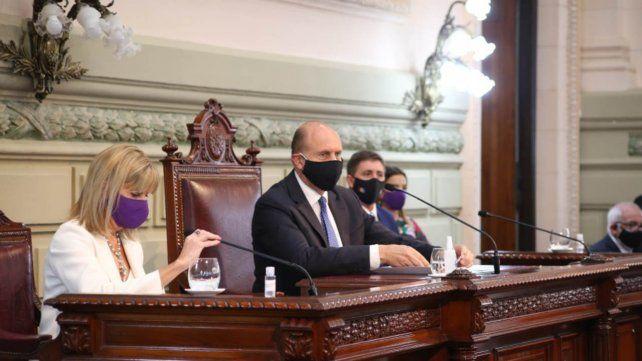 Perotti habló por espacio de dos horas al inaugurar las sesiones ordinarias de la Legislatura.