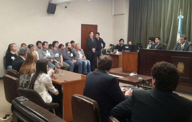 OpiniónJuicio por jurados y unanimidad
