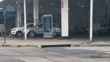 YPF aumentó sus combustibles en la ciudad y la súper se acerca a los $80