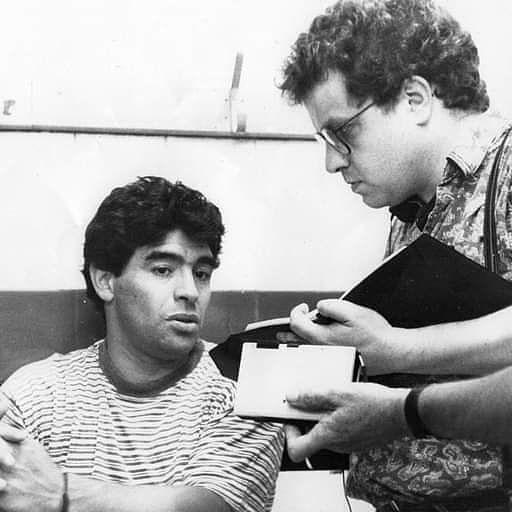 El álbum. Maradona y el periodista de La Capital