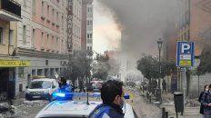 al menos dos muertos, en una fuerte explosion que destruyo un edificio en el centro de madrid
