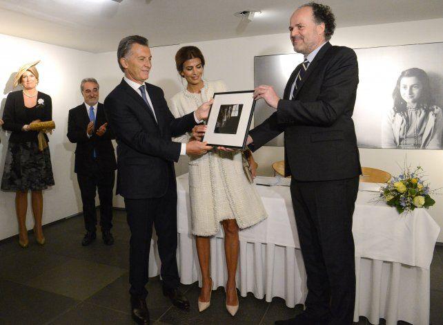 Macri firmó acuerdos en casa de Ana Frank para promover el  diálogo y la tolerancia