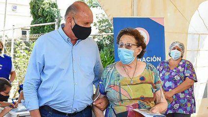 Perotti acompañó a su madre a vacunarse y dijo que no merecía tanta mentira y difamación
