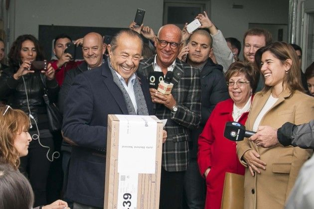El candidato a presidente de Compromiso Federal emitió su voto en San Roque.