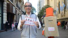 Claudio Gershanik figura como primer precandidato de la lista Con vos (z) de barrio, del Partido Moderado.