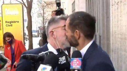 Luis NovaresioyBraulio Bauab se casaron este jueves, en un aniversario del matrimonio igualitario en Argentina.