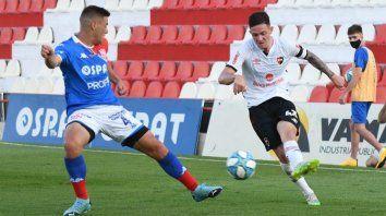 Aníbal Moreno estará en el amistoso frente al sabalero y apunta a ser uno de los titulares en la liga, sacándole ventaja a su competidor, Jerónimo Cacciabue