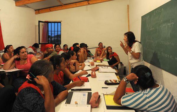 """Actualmente en la escuela """"Etica trabajan 20 profesores y recibe a 40 estudiantes. (Foto: S. Salinas)"""