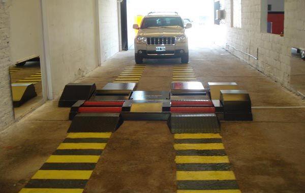 La Agencia de Seguridad Vial declaró no autorizado el taller que funciona en Las Parejas.
