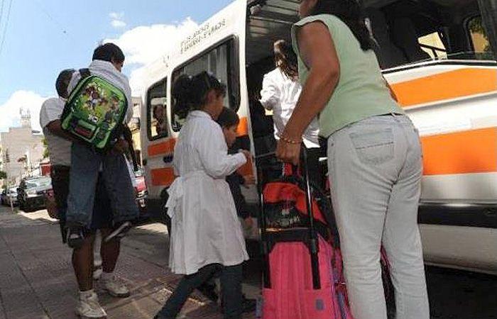 Los transportistas aumentaron las tarifas ni bien se reinició el ciclo lectivo.