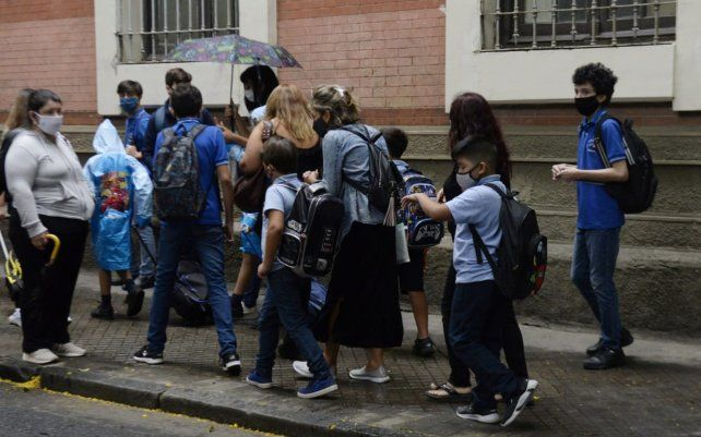 Vuelta a la escuela, la ilusión con guardapolvo y un paro inoportuno