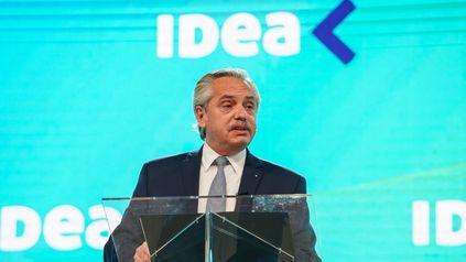 """La idea. Alberto Fernández convocó a los empresarios a """"unir esfuerzos y encontrar acuerdos en la construcción de una nueva sociedad""""."""
