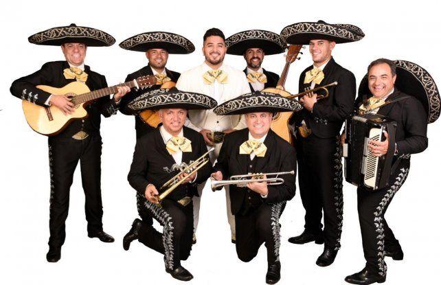 La agrupación rosarina de música mexicana Mariachi Rey cumple 28 años de actividad.