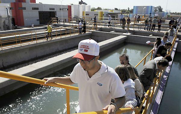 Piletones. De allí sale el agua que ya abastece a Granadero Baigorria y Capitán Bermúdez.