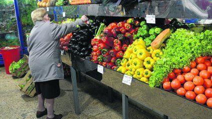 El precio de las frutas en Rosario creció 85% durante diciembre, en forma interanual.