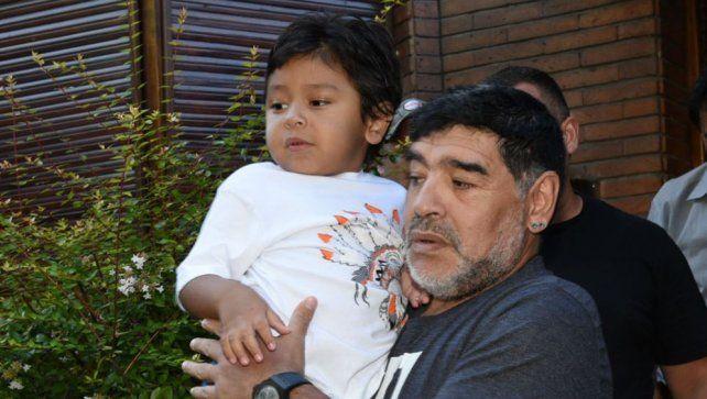 El reencuentro de Diego Maradona con Dieguito Fernando en Villa Devoto