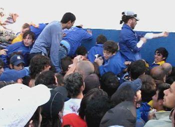 En Central se agotaron las populares entre quejas e incidentes