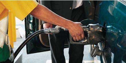Por no poder ajustar los precios bajan la calidad de las naftas premium