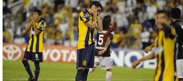 Donati es la imagen de la desolación. Montoya le sacó dos pelotas de gol. (Foto: G. de los Ríos)