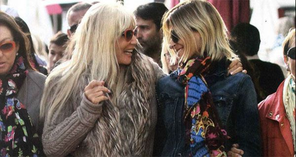 Eugenia Tobal volvió a sonreir en un paseo por Miami con Susana