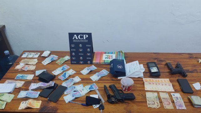 Detienen a dos agentes de la Policía Vial por pedirle 50 mil pesos de coima a un micro